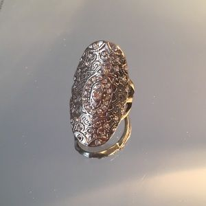 Jewelry - Tribal silver ring